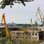 Cranes and port