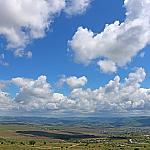 Zolotaya beam and clouds